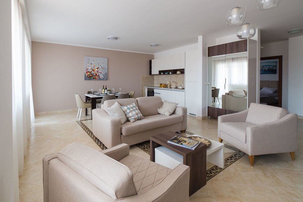 PACKAGE 3 - THREE   BEDROOM APARTMENTS  Features:Garden View, Air Conditioning, Modern Suite, Full Size Bed