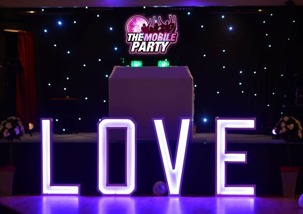 Entertainment - Featured Supplier - The Mobile Party
