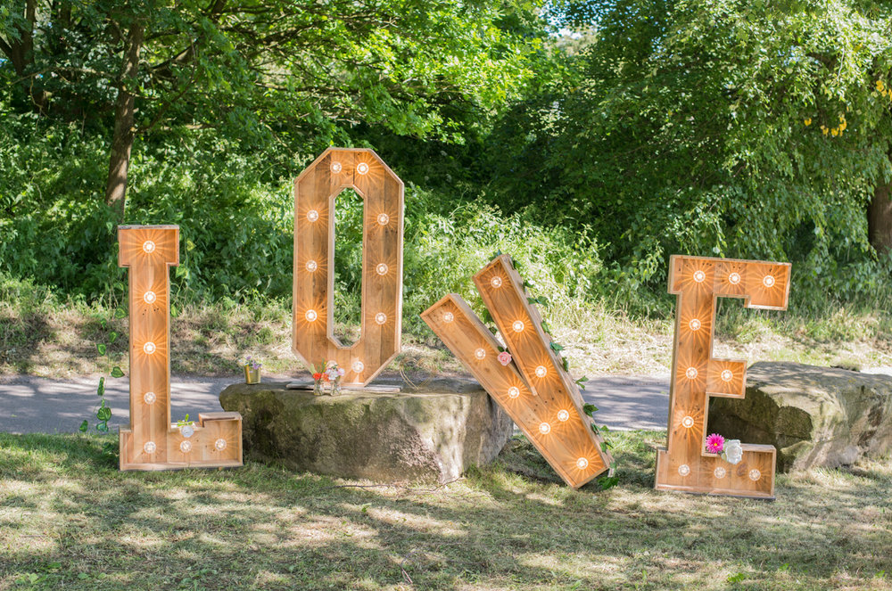 A Day In The Lights Prop Hire -