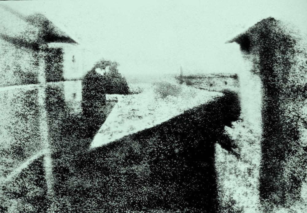 Vista desde la ventana en Le Gras, de Nicéphore Niépce: la primera foto.