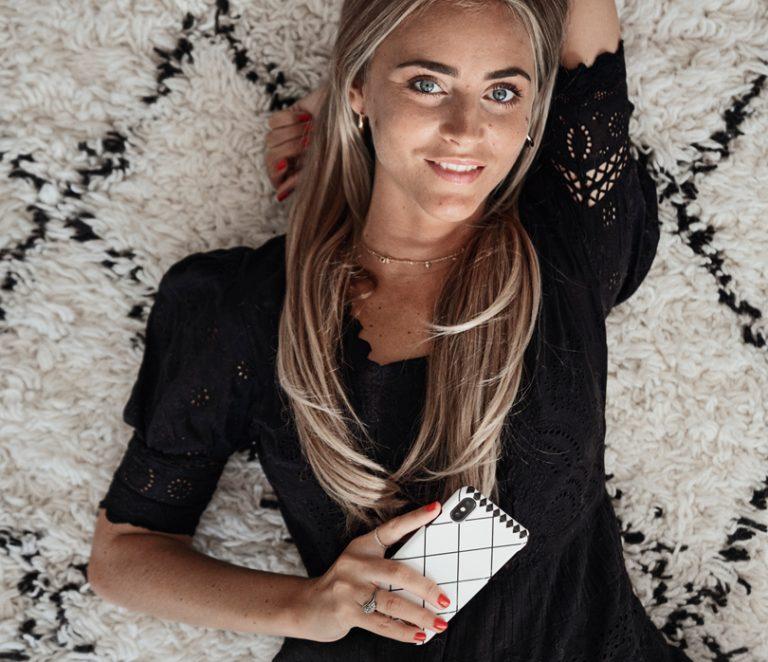 Morrocan Carpet - Wer findet marrokanisch inspiertes Design nicht wunderschön? Dieses elegante Case wurde von dem weltberühmten Beni Ourain Teppich inspiriert.Shoppt das Case hier:Morrocan Carpet