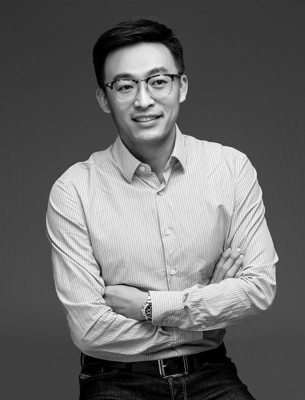 Liu Shiyu - Board of Directors - V. President
