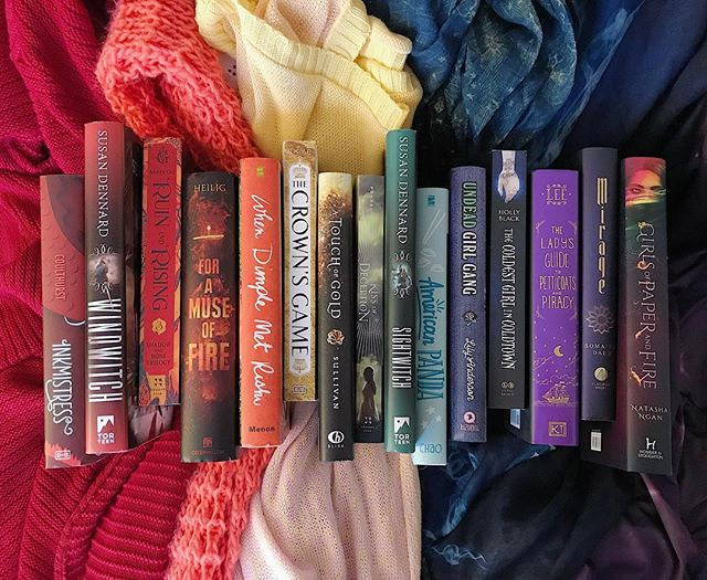 🌈🌈🌈 it's day 5 of the #bloodwitchbookstagram challenge, and I've been lowkey participating on twitter (@/samanthaistan). I loved how well this picture turned out that I had to share it on here. 🌈 the prompt is #threadwitch: rainbow books, representing how threadwitches see the colorful threads that bring us together (or tear us apart). 🌈 if you haven't read the Witchlands series, then what are you waiting for??? it is one of my favorite series, and I CANNOT WAIT for BLOODWITCH!  #bookstagram #books #yabooks #rainbowbooks