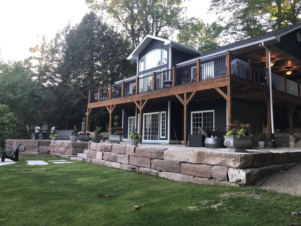 Haliburton Home/Cottage Exterior