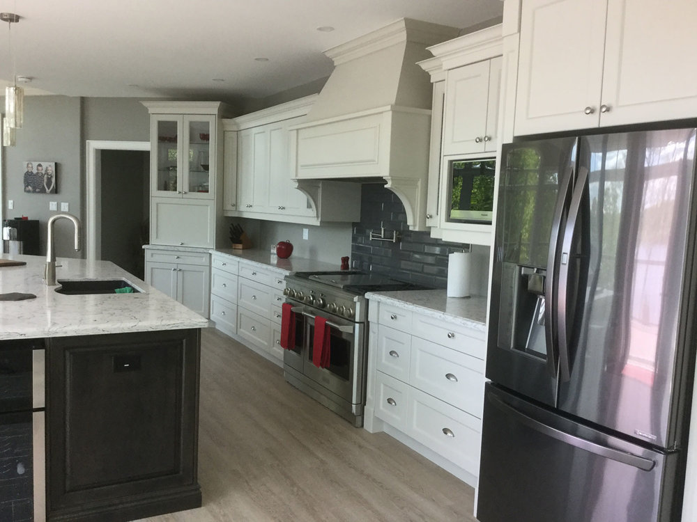 Kennisis Lake Haliburton Custom Kitchen