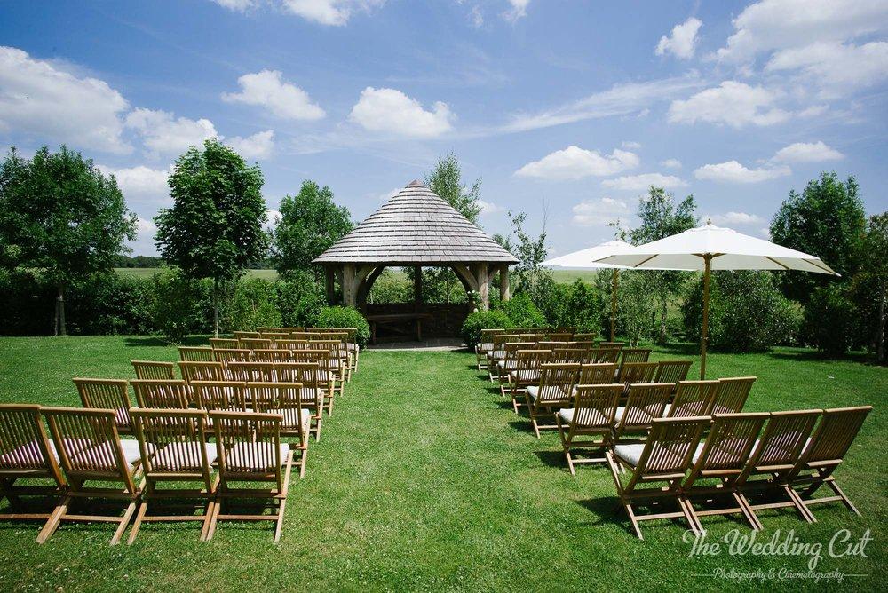 Stone Barn Outdoor Wedding-4.jpg