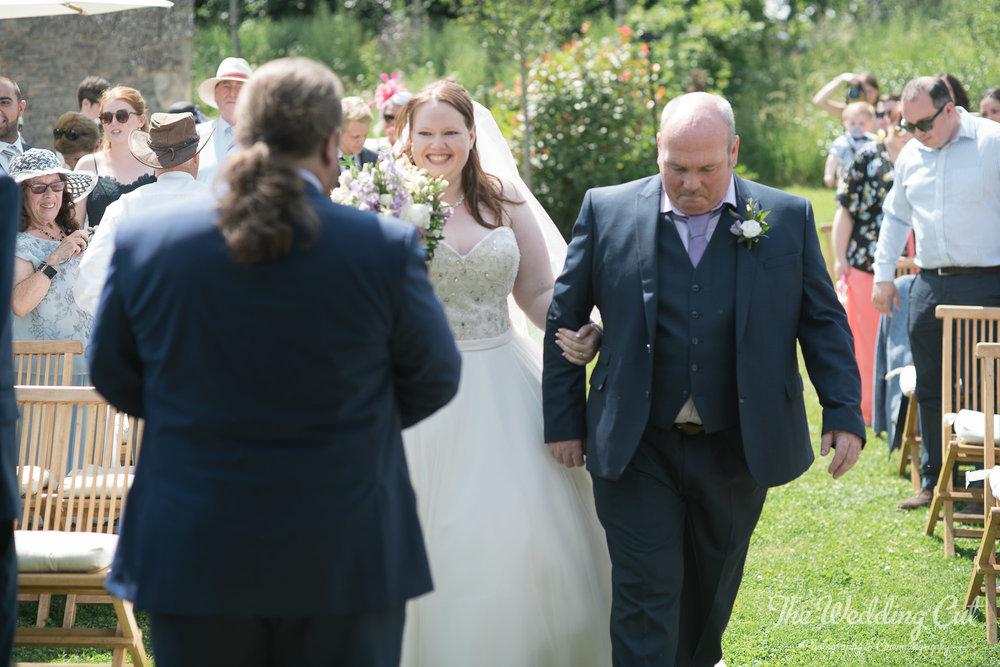 Stone Barn Outdoor Wedding-5.jpg