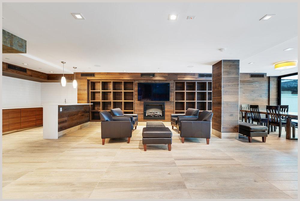 lounge_gray2030.jpg