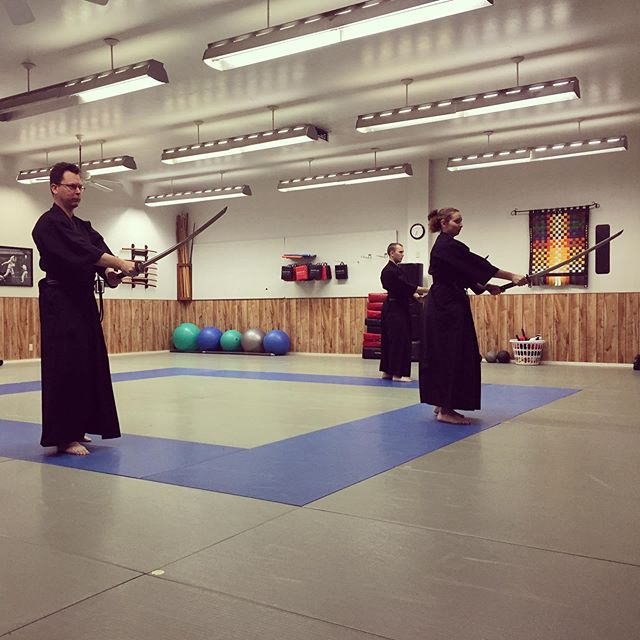 This Friday is your opportunity to learn Japanese sword from our very own Sensei Elise Holbrook! We are truly excited to learn everything she has to offer before the Franco Cup on Saturday in Richland. Sensei Wlise was recently promoted to nidan (second degree) in Batto-Do and will also be leading training at this year's Enbukai karate camp! If you have interest in attending the seminar, tournament, or karate camp, don't forget to reach out to the front desk, or our sister school, Trinity Martial Arts Academy! #yakima #karate #sword #samurai #camp #richland #ellensburg #katana #shinken