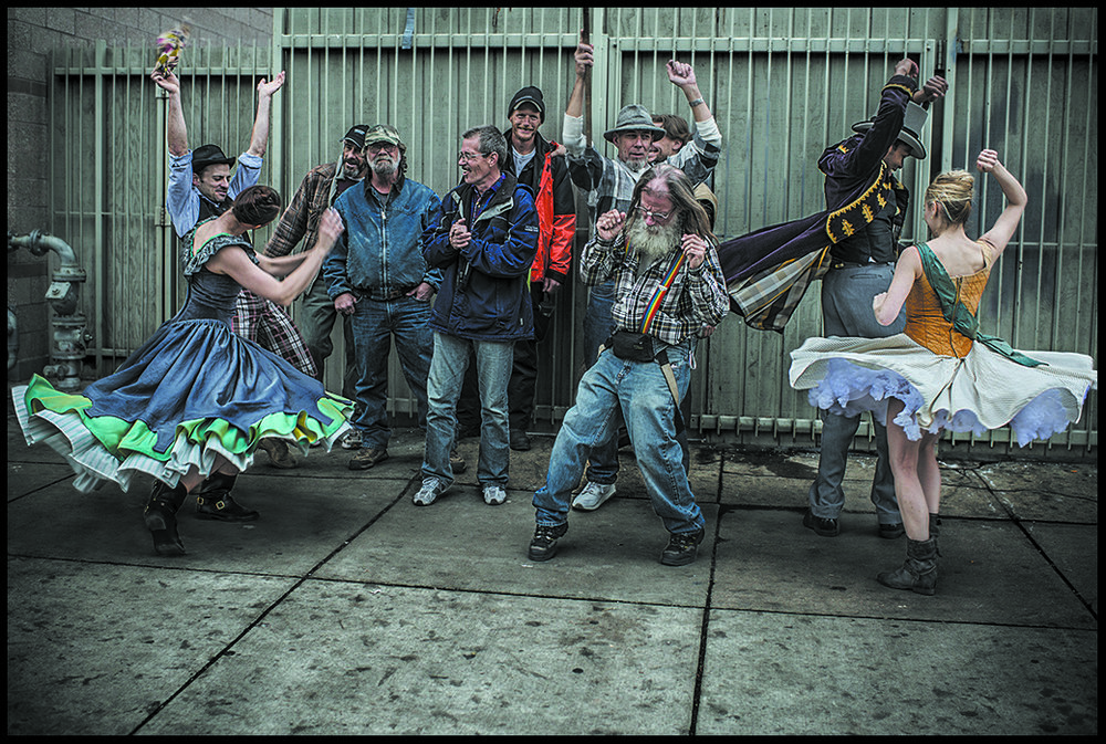 Members of the Wonderbound Dance company gather with some of their homeless neighbors. Photo Credit: Lena Prieto. 2014.