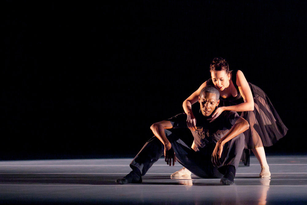 Wonderbound's Meredith Strathmeyer and Damien Patterson in Garrett Ammon's  Intersection  with Michael J. Henry. Photo by  Amanda Tipton . 2011.