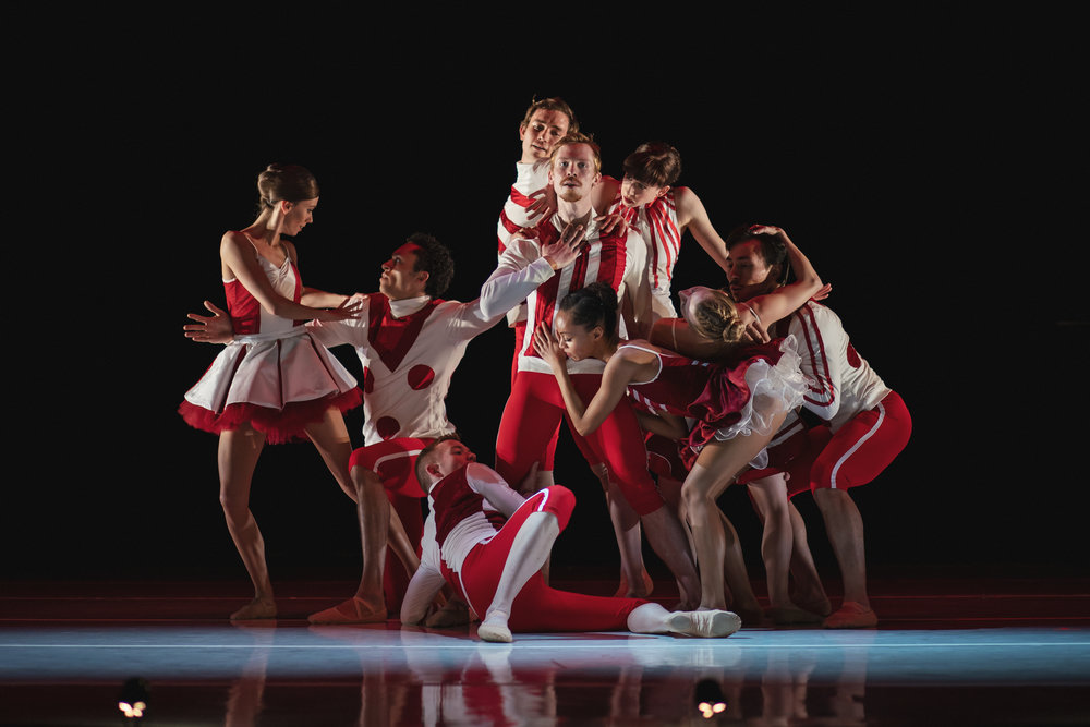 Wonderbound-dancers-in-Cupid_s-Playground-with-the-Colorado-Symphony_photo-by-Amanda-Tipton_20198.jpg