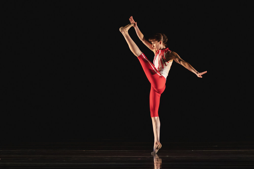 Wonderbound-dancers-in-Company-Artist-Sarah-Tallman_s_Read-The-Signs_in_Cupid_s-Playground-with-the-Colorado-Symphony_photo-by-Amanda-Tipton_201946.jpg
