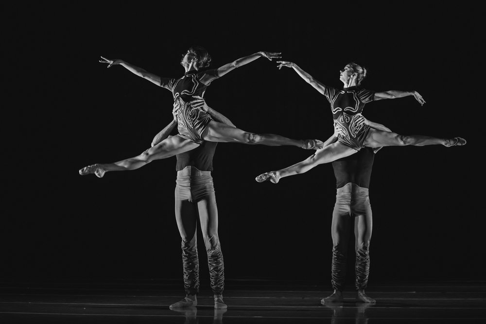 Wonderbound-dancers-in-Artistic-Director-Garrett-Ammon_s_With-Your-Help_in_Cupid_s-Playground-with-the-Colorado-Symphony_photo-by-Amanda-Tipton_201910.jpg