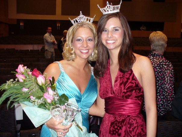 Girl next to me Miss Texas' Outstanding Teen at the time and later Miss Texas and a twirler at TCU. She is now a news anchor.