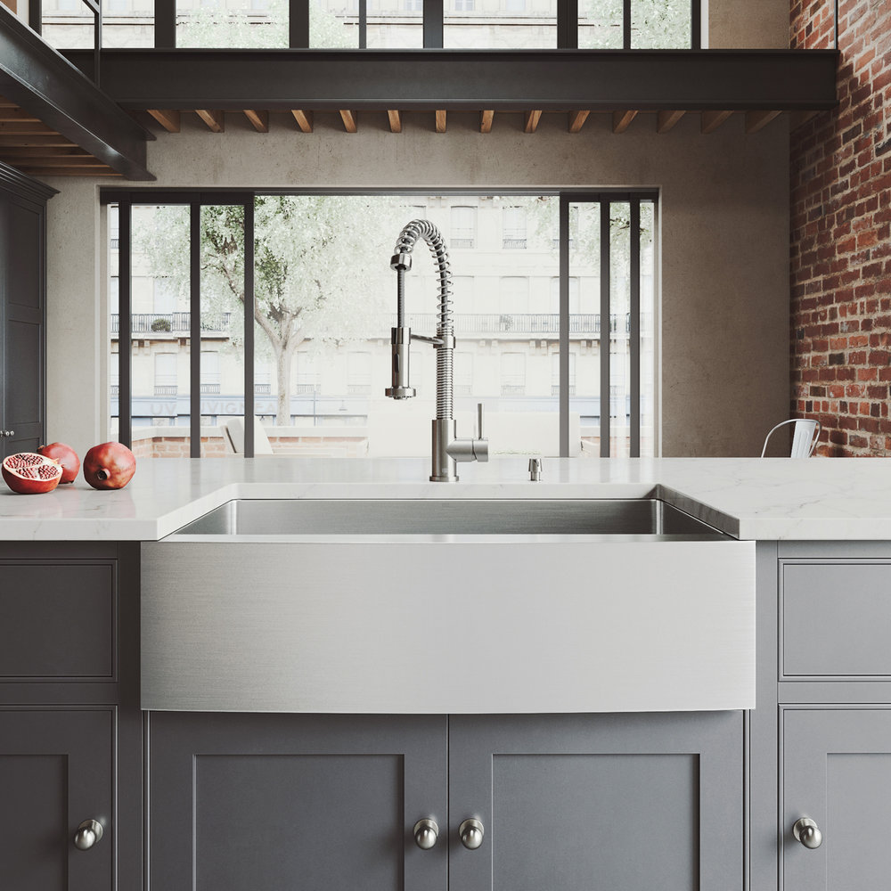 """VIGO ALL-IN-ONE 33"""" BEDFORD STAINLESS STEEL FARMHOUSE KITCHEN SINK SET WITH EDISON FAUCET IN STAINLESS STEEL"""