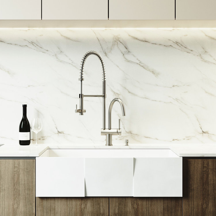 Pull-Down kitchen Faucet by VIGO Industries for your farmhouse kitchen!