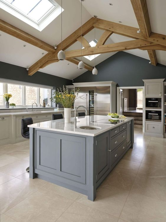 Farmhouse kitchen design VIGO Industries.jpg