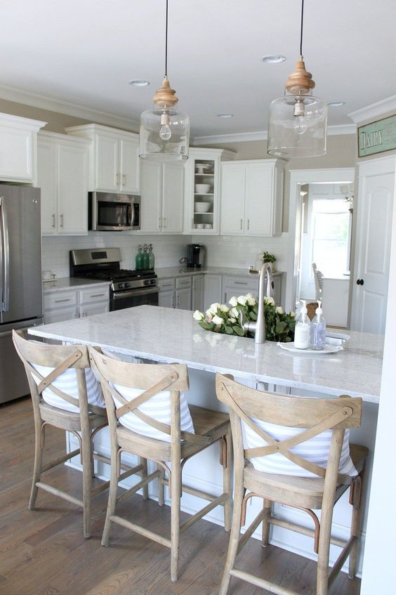Farmhouse kitchen design VIGO Industries8.jpg