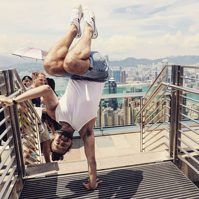 Capoeira, an art form, a game, a challenge amongst friends, a fight a dance, a combat form, a way to do acrobatics?  Capoeira the love of my life.  This photo was taken by @capoke . . . . #capoeira #morrisreyes #monkeymagic#playfulness #capoeiraforever #capoeiralife #capoeiraeverywhere #healthyliving#bodyweighttraining #dontgiveup #listentoyourinnerchild#keepplaying #gymlife#getfit #believeinyourdreams #teamwork #successful #malmö #sweden #skåne #MartialArts #worldwide #friendships #summermagic #outdoorstraining #wisdomeverywhere#keepmoving