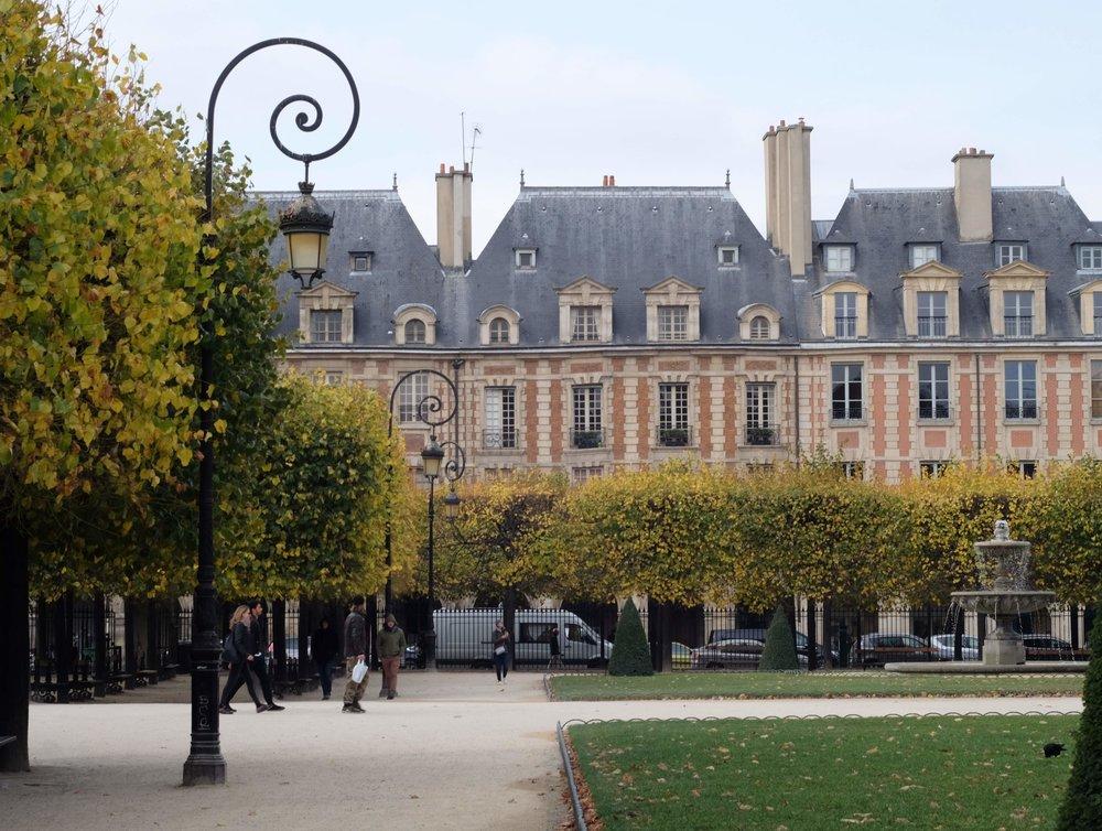 Place des Vosges in October