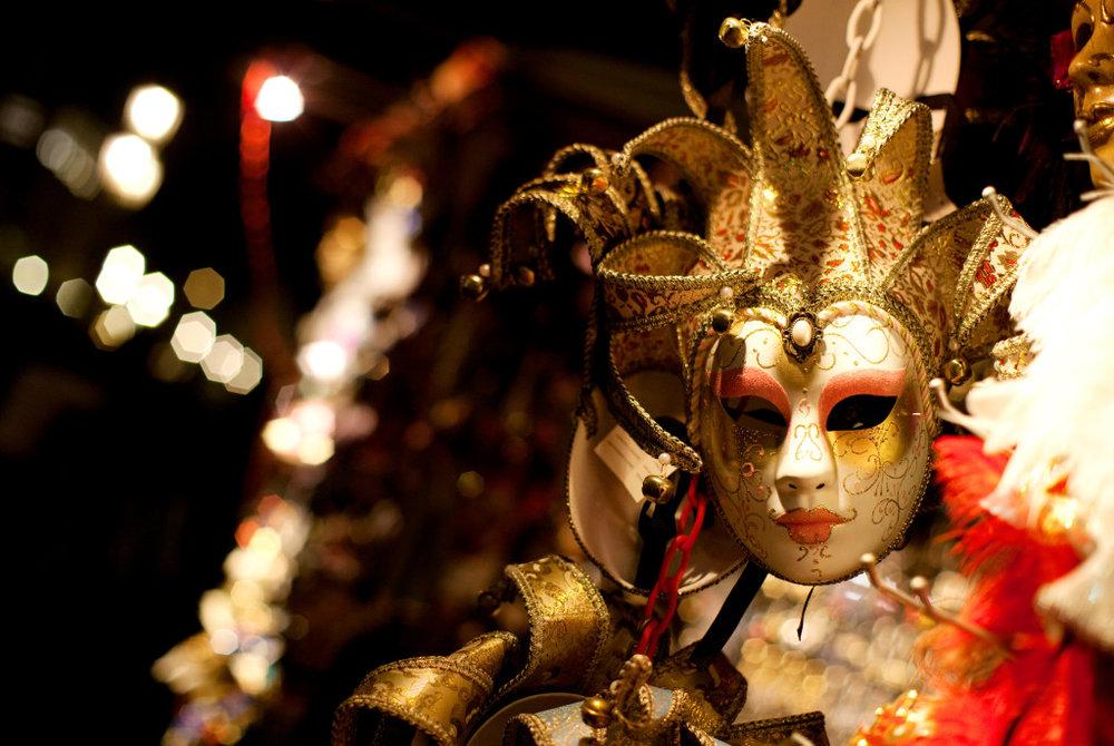 Masquerade-Holiday