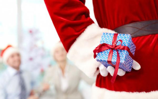 secret-santa-fitness-gifts-for-under-a-fiver