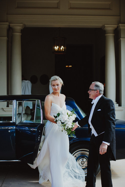 Hopewood House - Wedding Day Gallery - Courtney & Nick - Arriving.jpeg