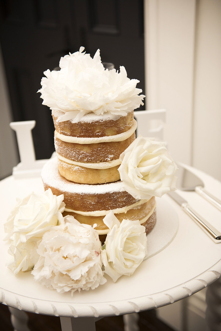 Hopewood House - Images by Sophie - Wedding Day Gallery - Alex and Damo - The Cake.jpeg