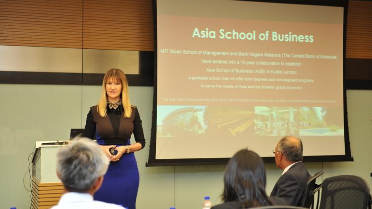 Global Speaker 2.JPG