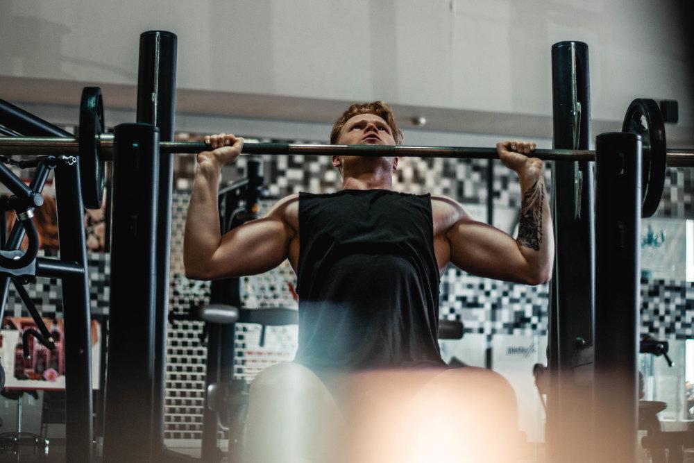 Was du bekommst: - - Dein individuelles Training mit Erklärungen zu den Übungen und der Anzahl der Trainings sowie die Geräte und andere Hilfsmittel die man benötigt- Beachtung deiner Voraussetzungen & evtl. Verletzungen