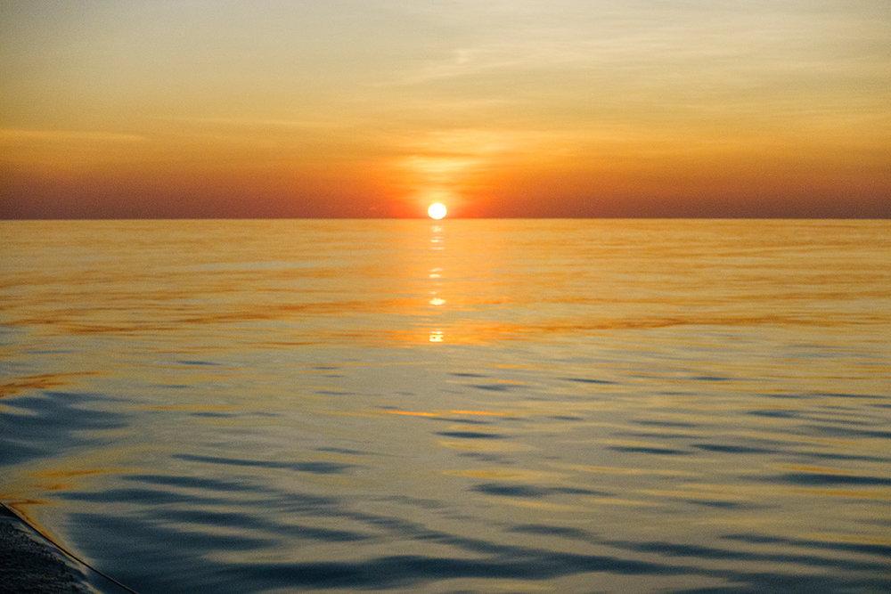 Sunrise-Panama-to-Galapagos-2.jpg