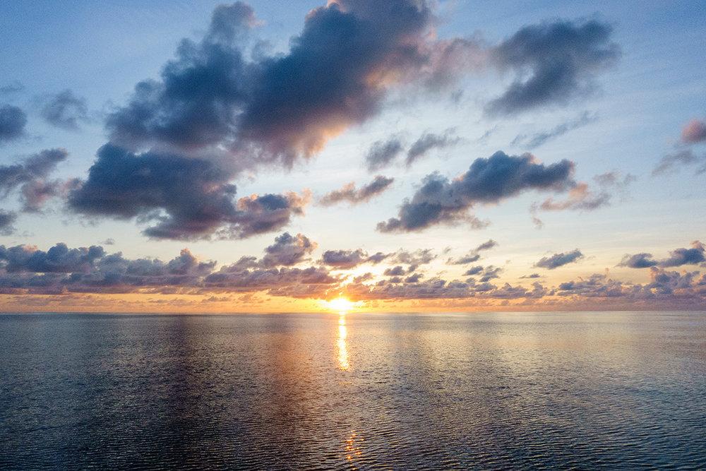 Sunrise-Panama-to-Galapagos-3.jpg
