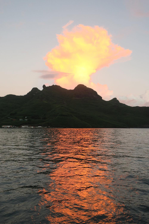 Sunrise-Bora-Bora.jpg