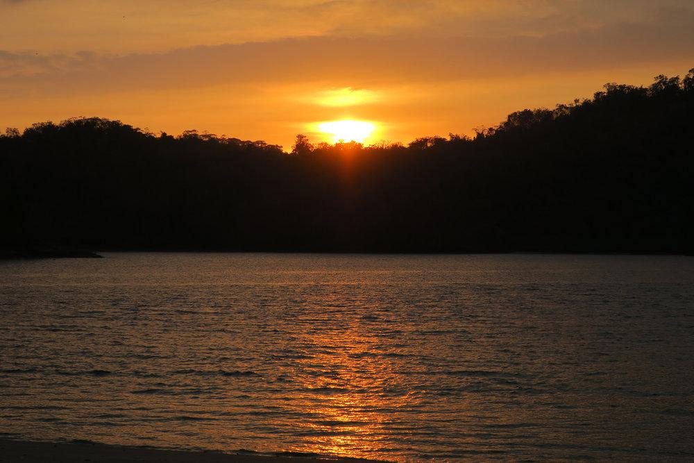 Sunrise-Bocas-del-Toro.jpg