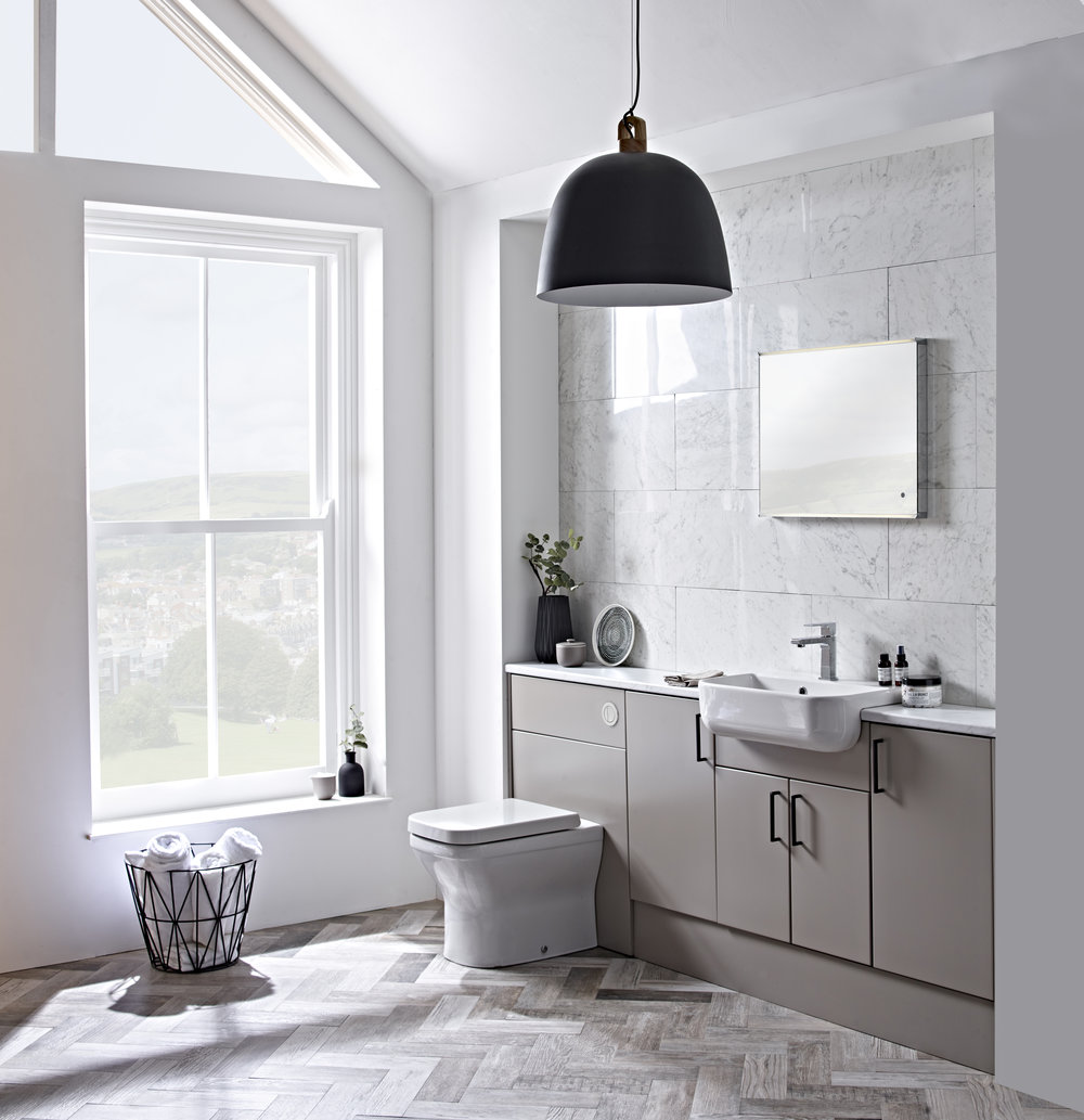 What a difference... - ...a day makes. From a fresh set of colourful towels to a bit of DIY grouting, there are simple, effective changes you can make in the space of just a day.