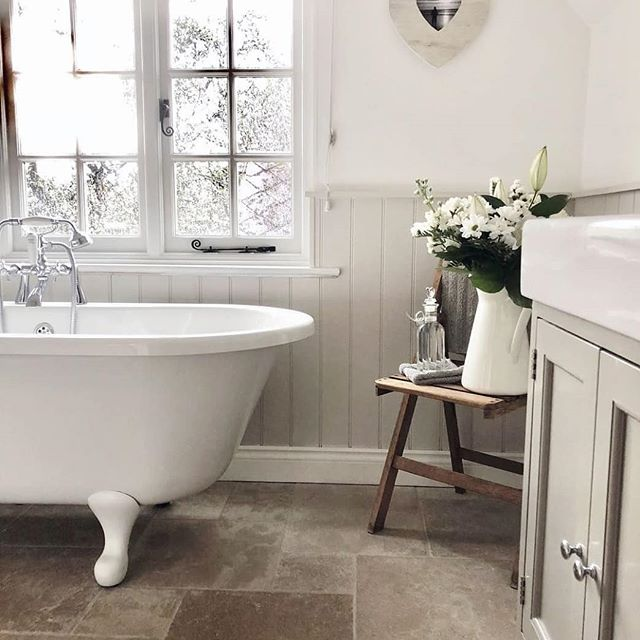 Always lovely to see our Hampton unit styled by Zoe from @from_coast_to_country_home , great to see our designs out of the showrooms and in real homes! . . .  #bathroominspo #homedecor #bathroomdesign #interiordesign #bathroommirror #interiorinspo #interior4inspo #interiorsblogger #myhousebeautiful #renovation #bathroomgoals #interior123 #bathroomdecor #traditionalbathroom