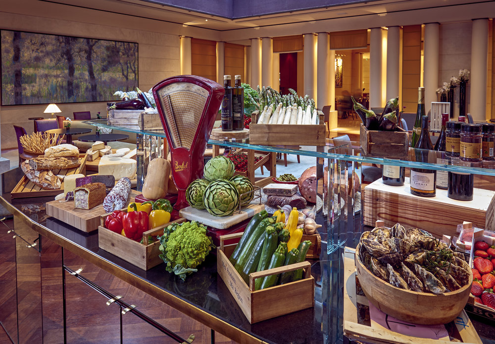 Park-Hyatt-Paris-Vendome-Sens-Buffet-view.jpg