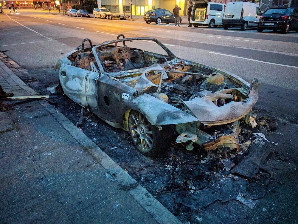 Verbranntes-Auto