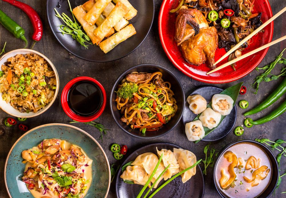 I New York finner du mat fra alle verdenshjørner. Amerikanerne elsker det de kaller Family Style Dining. Da får man en rekke ulike retter som deles. Sosialt, hyggelig og ikke minst får man smake på masse godt. Vi anbefaler ofte dette for grupper!