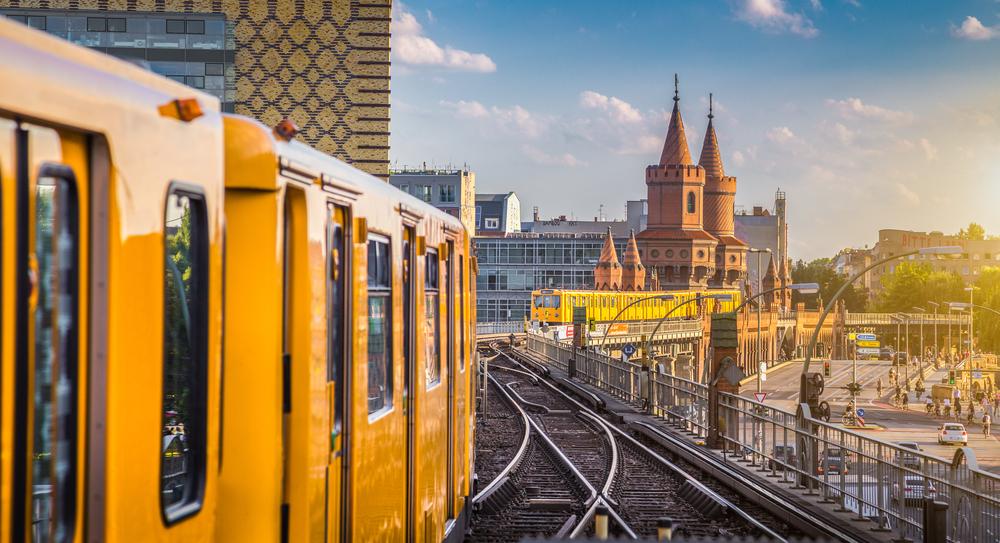 U-Bahn over Oberbaumbrücke