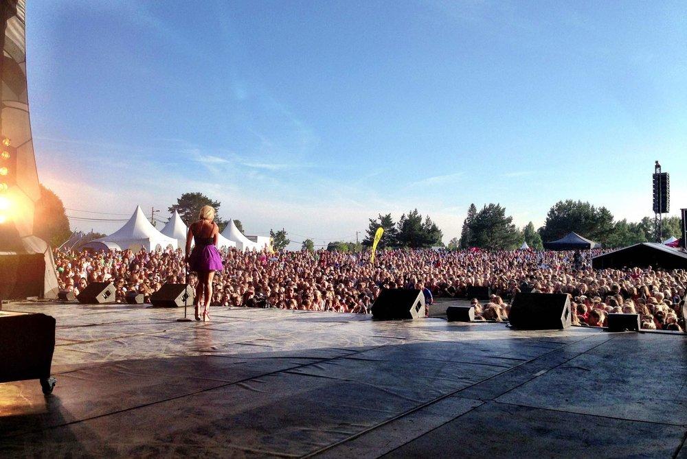 Et folkehav møtte opp under konsertene 6.Sans arrangerte på Norway Cup