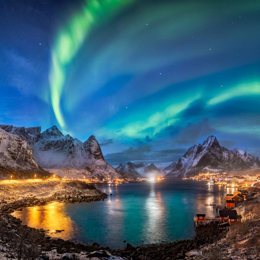 Nordlyset gir en magisk stemning