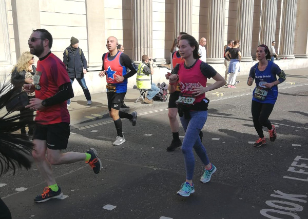 Jennifer took part in the run, passing London's iconic landmarks, with thousands of other runners