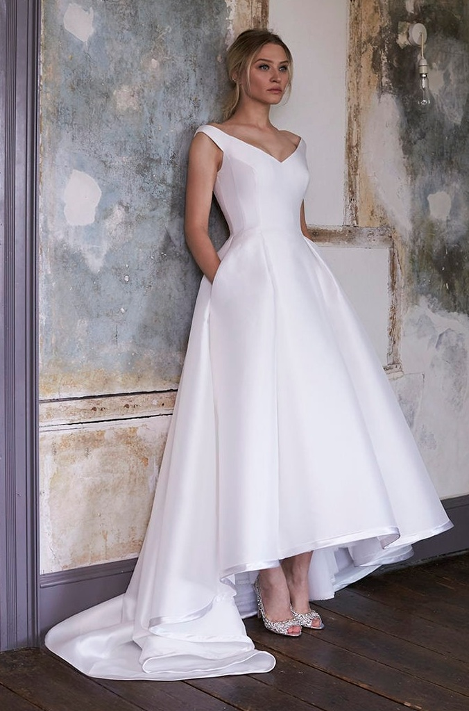 If you could wear any AP gown, what would it be? - Sassi Holford, Ester. I love the classic yet fun design and I'm in awe of Sassi Holfords' technical skills!
