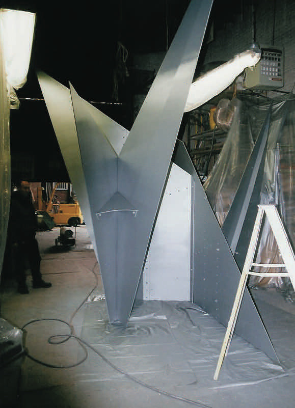 Caulder steel sculpture fabrication