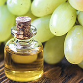 Grape Seed Oil  High in linoleic acid, and safe for acne-prone skin, grape seed oil has anti-inflammatory properties and contains the flavonoid oligomeric procyanidin, which helps support collagen repair.