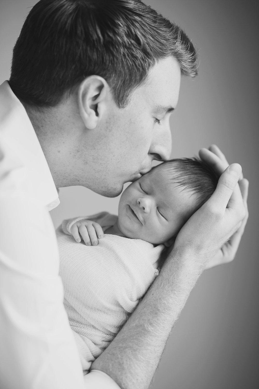 Austin_TX_Newborn_Photographer_KBP043.jpg