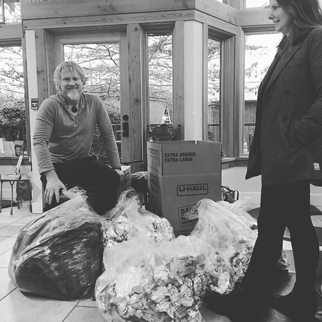 #greencirclesalon #salonBella #talmadgehickman #chelsieperkins #greensalon #keepingwhidbeyislandgreen #langley #bayviewcorner #coolhair  #modernsalon Salon Bella is helping keep beautiful Whidbey Island clean and green ! We are recycling our waste ! Visit us and contribute to your green community! With your visit we recycle your cut hair  to make hair booms used soak up oil spills , your foils , unused color and canisters are all recycled!!!Join us in this journey of creating a smaller footprint and preserving our Island !!!