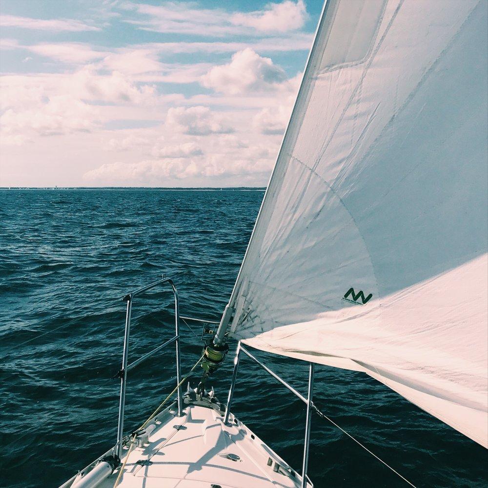 boat_sail.JPG